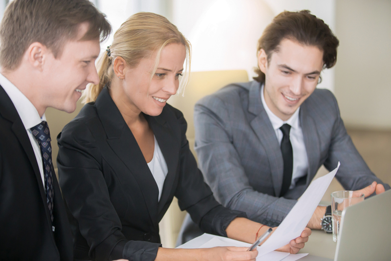 benefits of hiring a healthcare marketing consultant